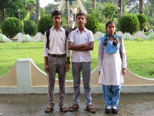 Kinderpatenschaft Azimganji Patenkinder 1