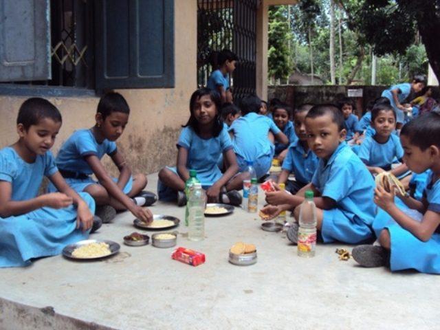 Kinderpatenschaft Bongaon Schulkinder 2