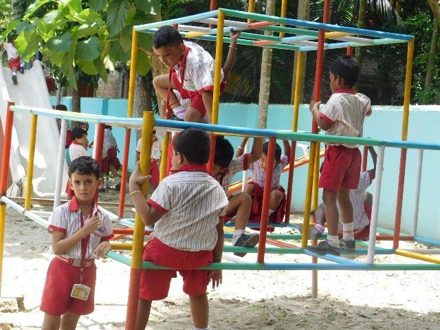 Kinderpatenschaft Bongaon Schulkinder 3