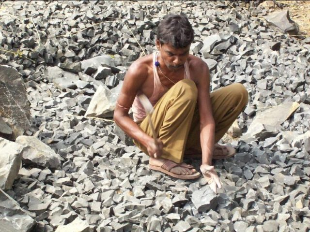 Kinderpatenschaft Boropahari in den Steinbrüchen 6