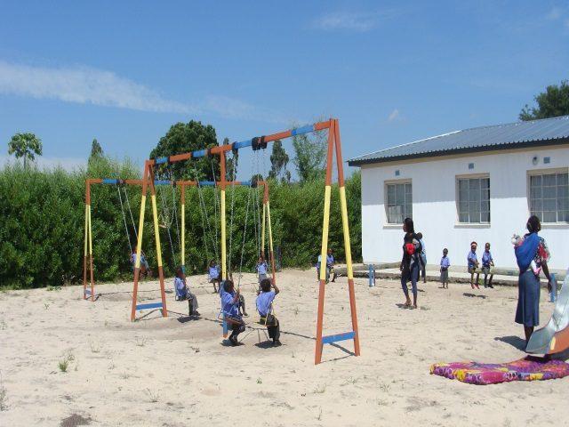 Kinderpatenschaft Bukalo Spielplatz 1