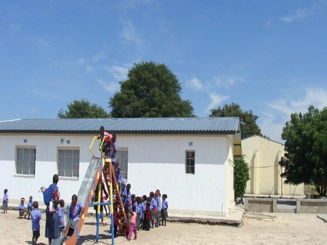 Kinderpatenschaft Bukalo Spielplatz 2