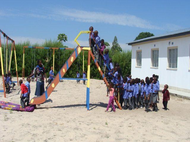 Kinderpatenschaft Bukalo Spielplatz 3
