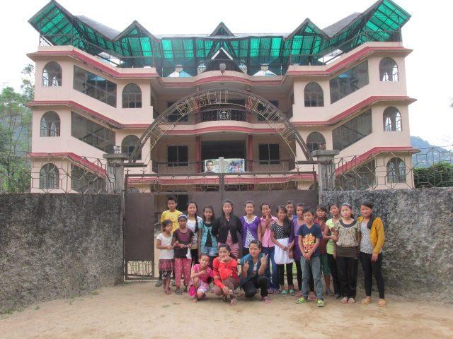 Kinderpatenschaft Sonada Kinder der Schule in Mallot