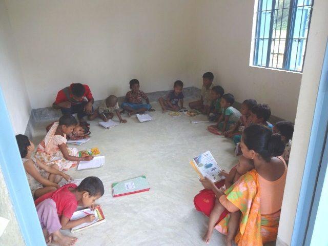 Kinderpatenschaft Utrail Schulunterricht