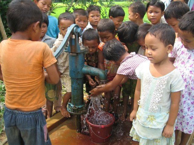 Kinderpatenschaft Utrail neue Brunnen 1