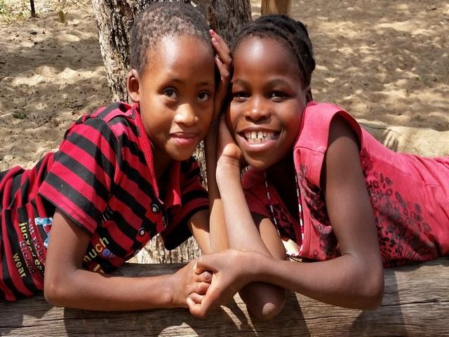 Projekt Omega Kinder glücklich 2