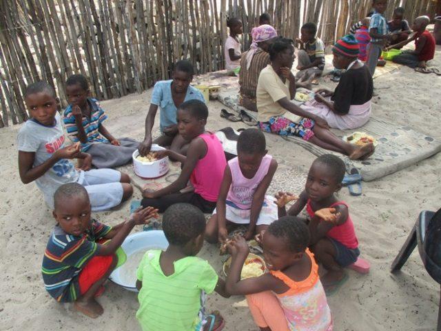 Projekt Rundu Essen für die Kinder