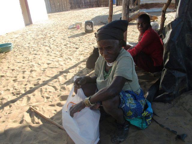 Projekt Rundu Hilfslieferung Essen