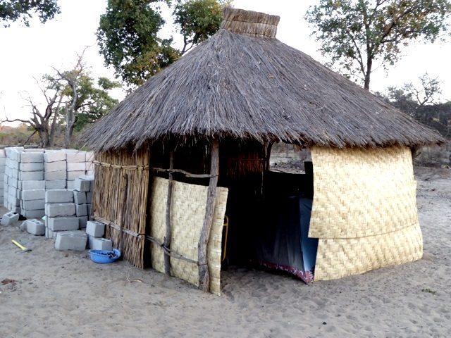 Projekt Rundu Sambyu Dorfplatz 3
