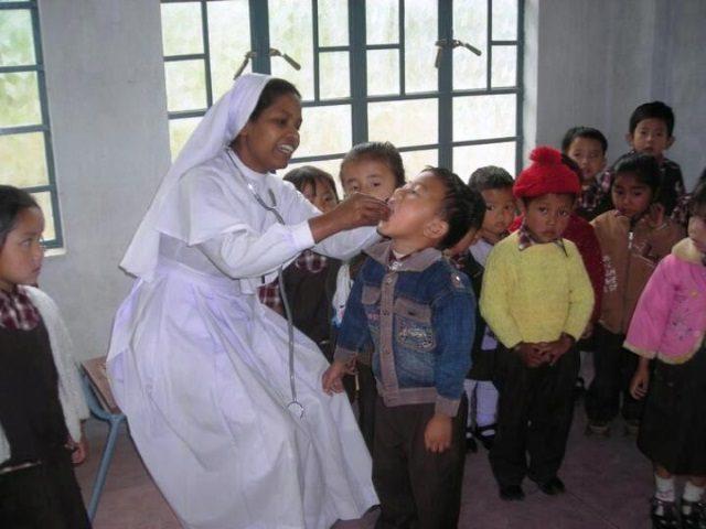 Projektpatenschaft Krankenbett Polsonda More Kind medizinische Vorsorge1