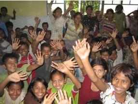 2007 Reisebericht Indien - 10 Gruppenbild Kinder