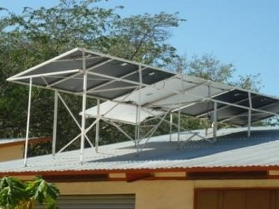 2015 Reisebericht Namibia 19 Solaranlage