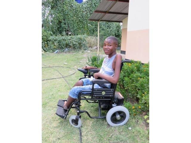 2016 Namibia Hilfsprojekt Gehhilfen Rollstühle Cheshire Imanuel
