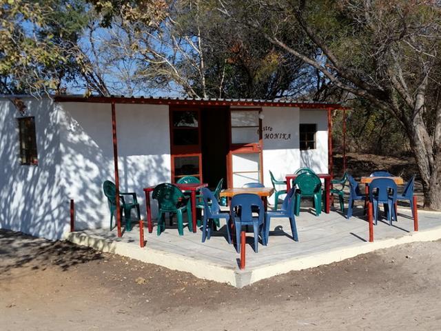 2016 Reisebericht Namibia - Bistro neu