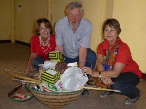 2016 Reisebericht Namibia - Kindergarten Geschenkübergabe