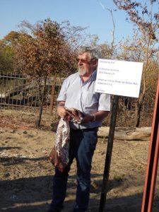 2016 Reisebericht Namibia - Sambyu Schild 1