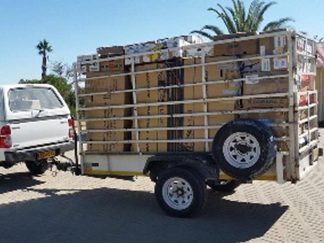 2017-10 Blogbeitrag Hilfslieferung Namibia Pakettransport