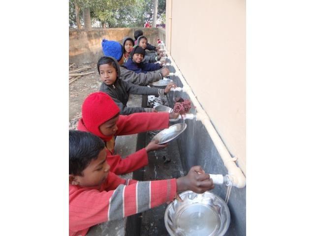 Kinderpatenschaft Joypur neue Wasserstelle 1