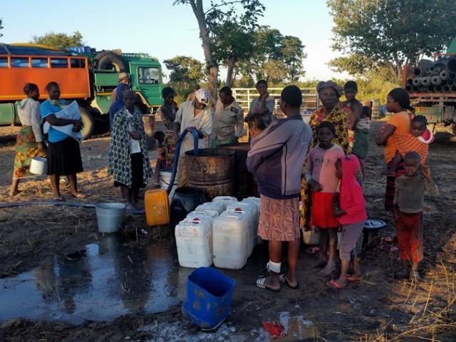 Projekt Brunnenbau Namibia - Wasserverteilung 1