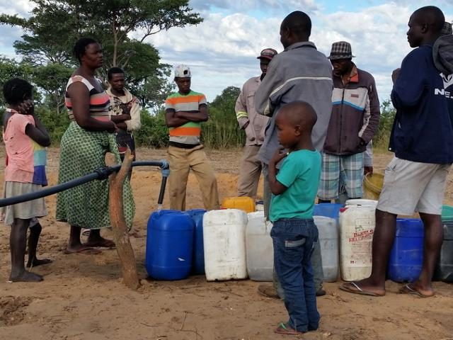 Projekt Brunnenbau Namibia - Wasserverteilung 3