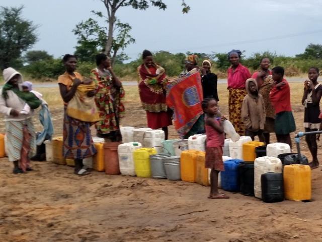 Projekt Brunnenbau Namibia - Wasserverteilung 5