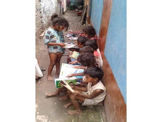 Projektpatenschaft Müllkinder Kalkutta Bhagar Kinder Bücher