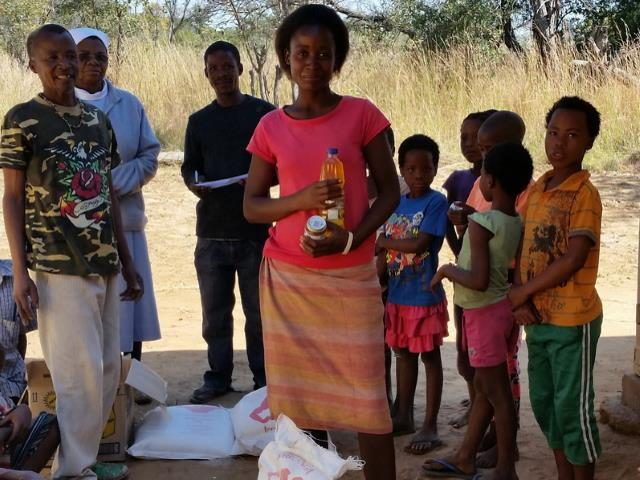 Sonderhilfe Dürrekatastrophe Namibia - Dürre Hilfe Frau 1